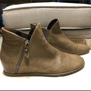 Stuart Weitzman lowkey hidden wedge boots